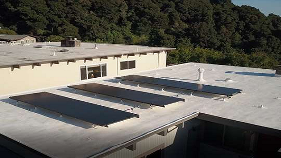 Створено повністю чорні сонячні панелі з підвищеною ефективністю