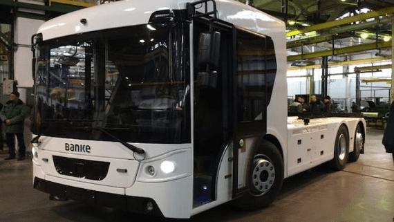 Корпорація Богдан представила першу українську електричну вантажівку