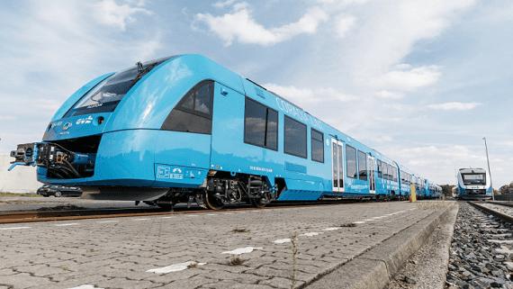 У Німеччині представили перший в світі водневий поїзд