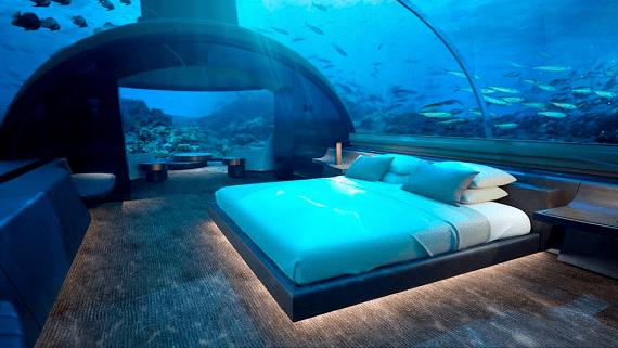 Підводний бунгало на Мальдівах