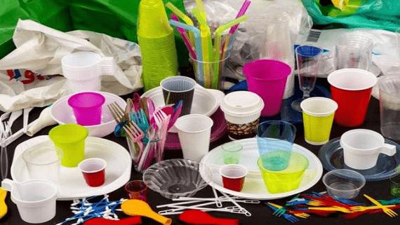 Європейський Союз прийняв директиву про заборону пластикової одноразової продукції