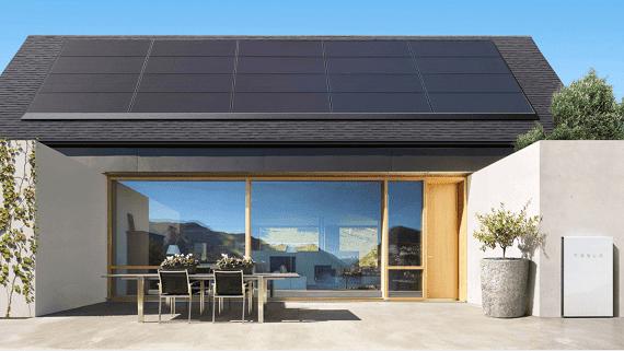 Tesla запустила послугу оренди сонячних панелей для приватних СЕС