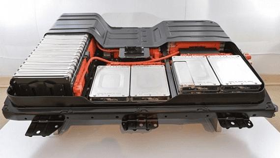 В Японії розробляють нові акумулятори для електромобілів