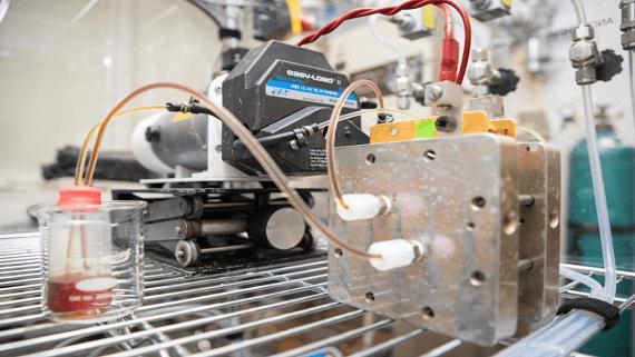 В Америці розробляють органічну батарею з рекордним терміном служби